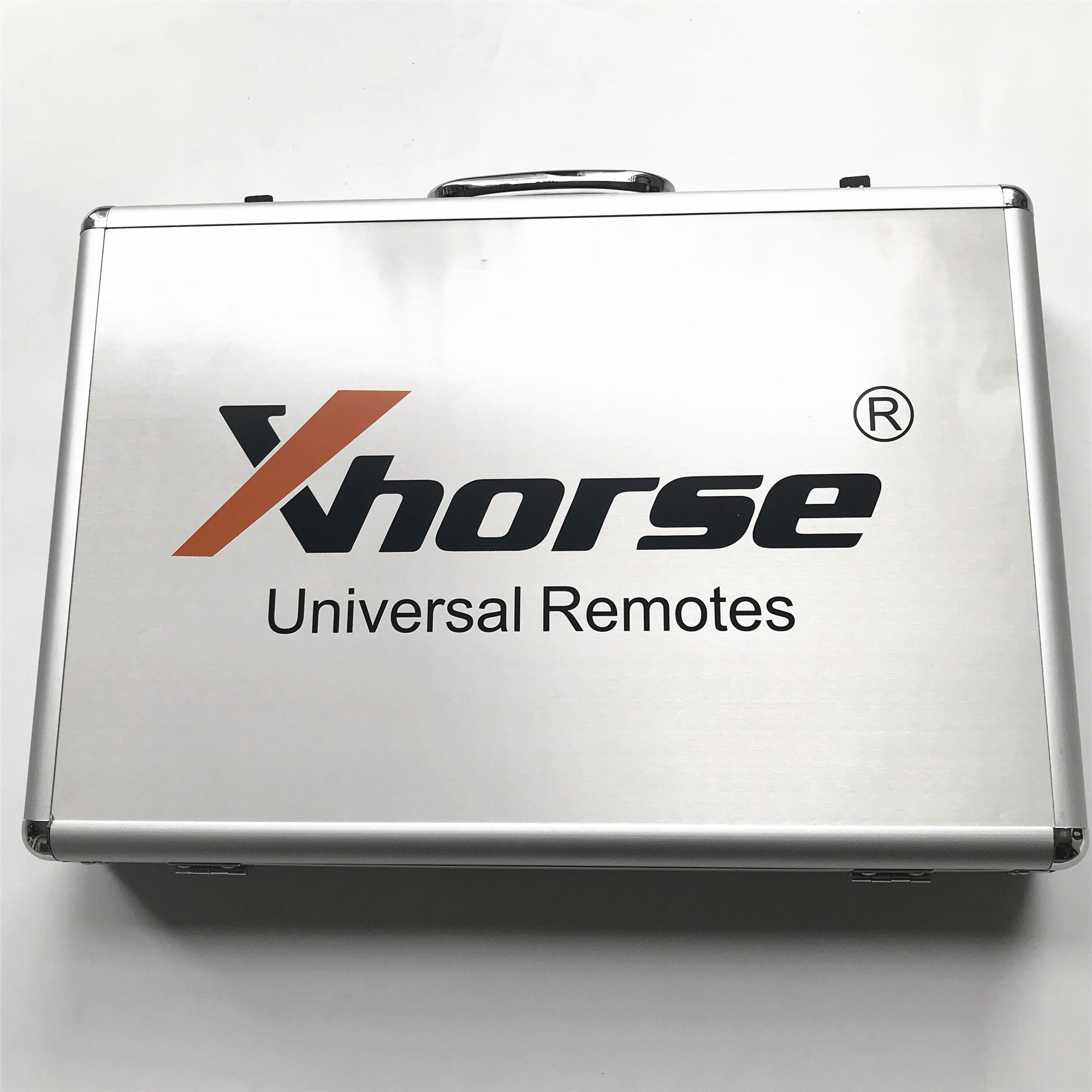 Xhorse VVDI Tool Kit with 39 Pieces Universal Remote Keys